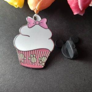 4/$25 Disney Marie Cupcake pin
